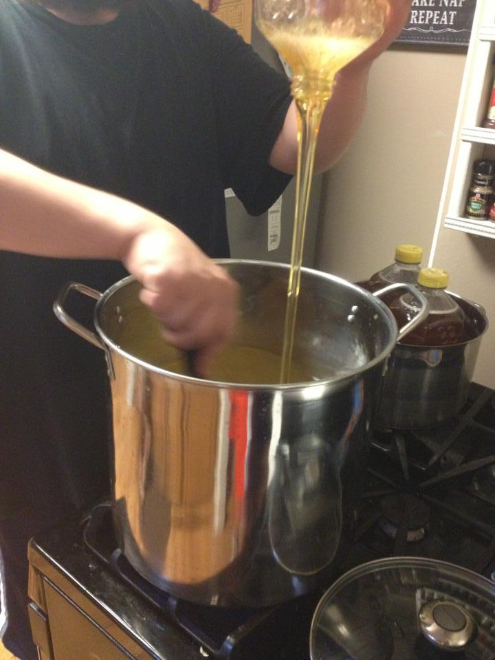 duke pouring honey