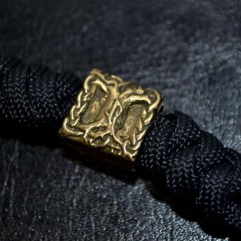 Фото браслет из паракорда с бусиной Древо жизни