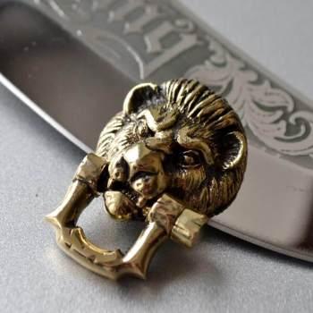 Фото застёжка голова льва