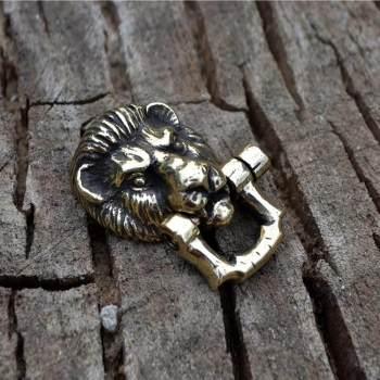 Фото застёжка в виде головы льва