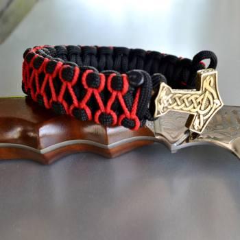 Фото оранжевый с черным браслет из паракорда кобра