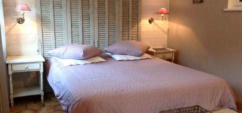 Chambre Romantique  Chambres D'hôtes  Miel & Coquelicots