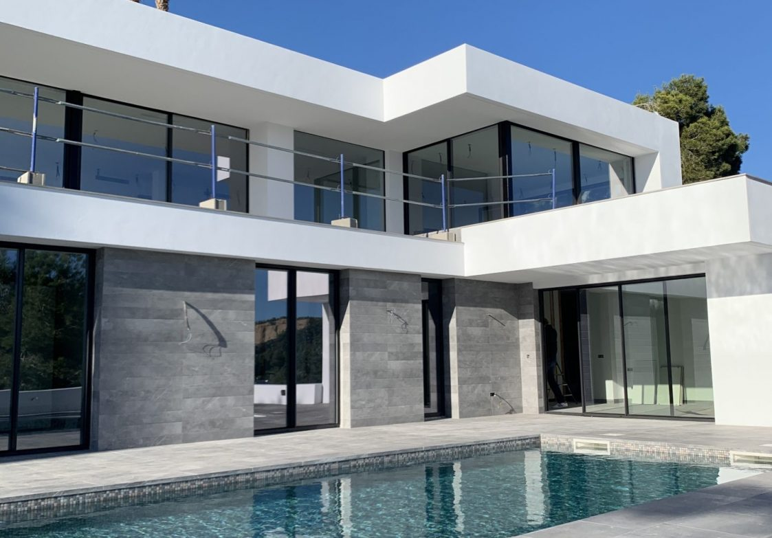 Elegante Designervilla In Can Furne