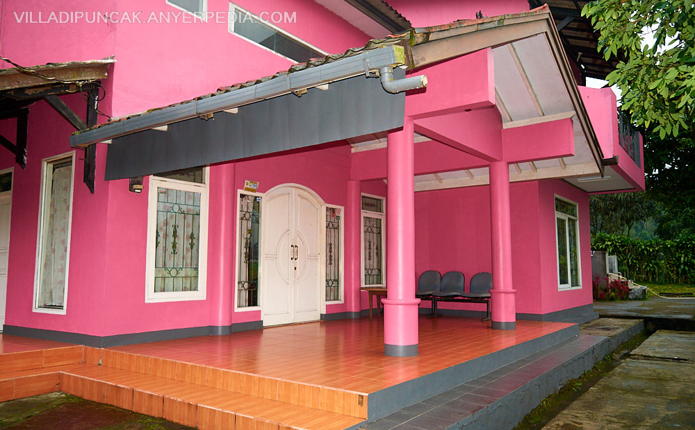 Villa Pink Tugu Utara Puncak  Villa di Puncak