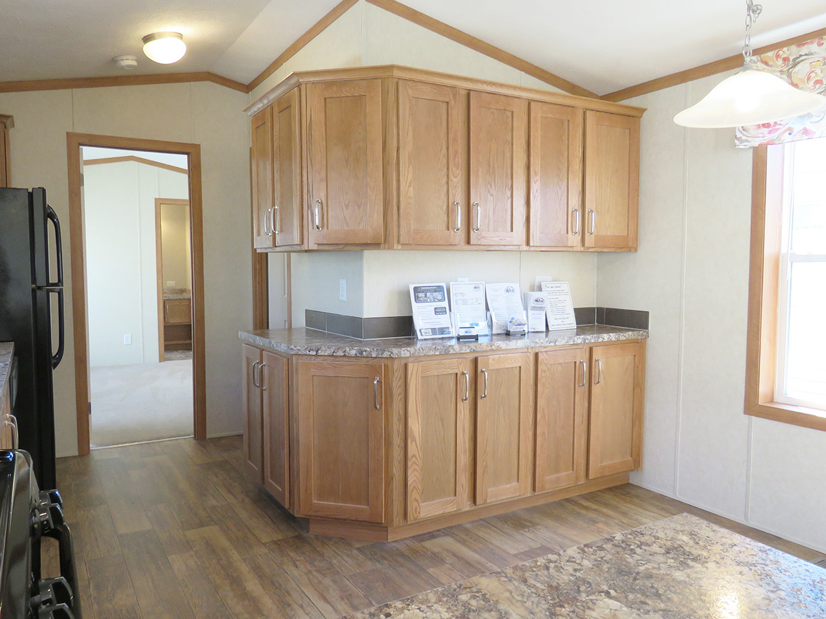 Single-Wide Mobile Home. 14 x 80(76) | Village Homes