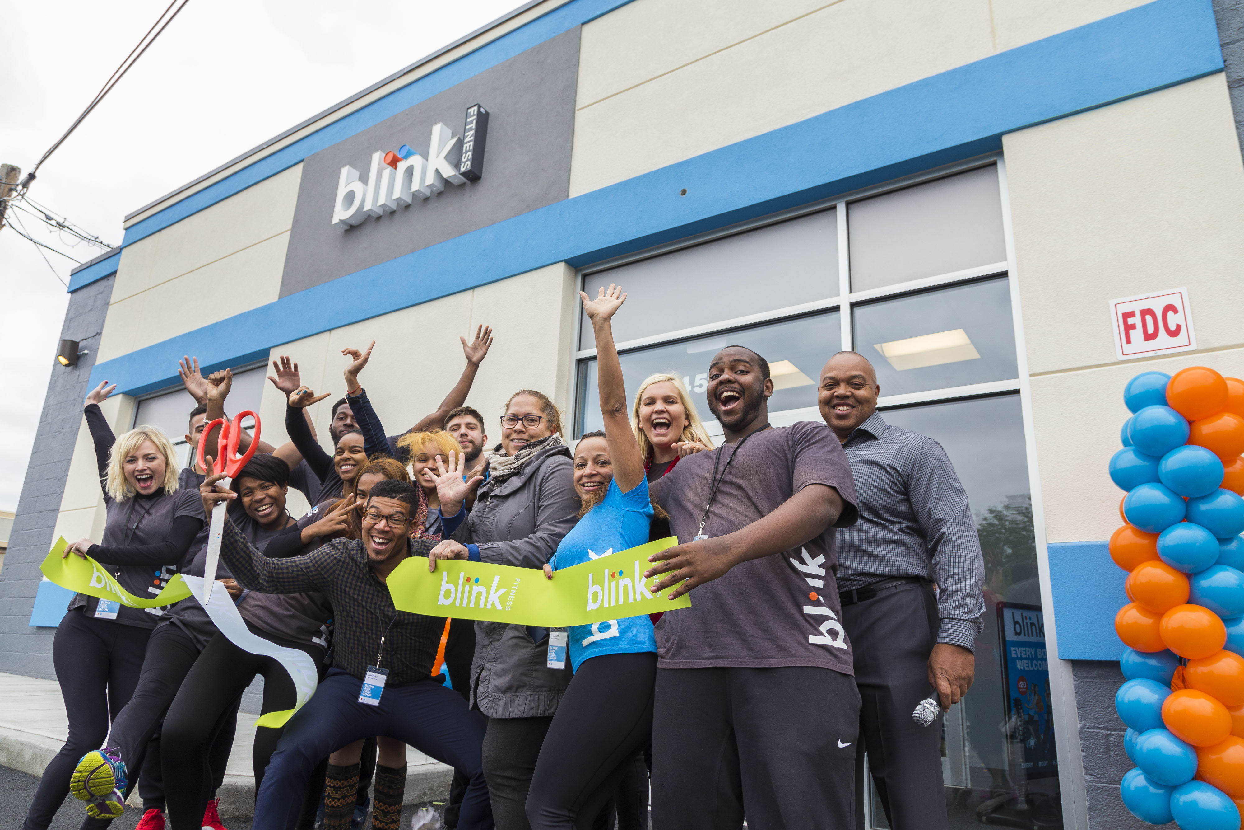 PHOTOS Blink Fitness Opens on Valley Street in South