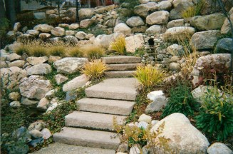 Rock_and_Stairs_hardscape