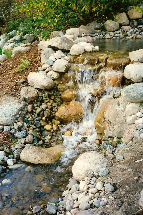 Village_Landscape_Pond_Water_Feature4