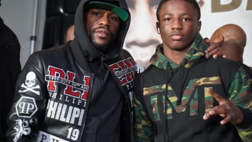 FLOYD MAYWEATHER SIGNS BOXING PRODIGY JALIL HACKETT