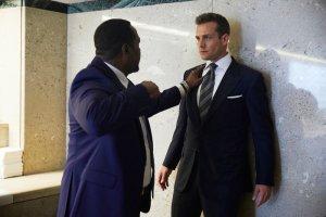 Suits, Episode 8, 100