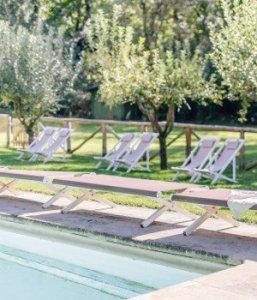 relais-toscana-villa-la-bianca-piscina350-300