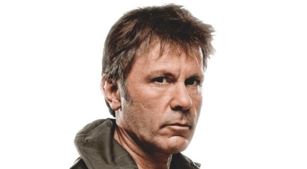 Bruce Dickinson – Una voz de altos vuelos