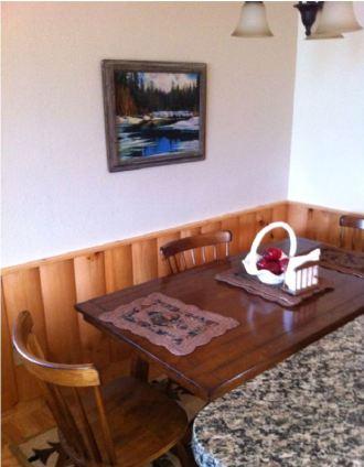 vacation home kitchen needing interior design help
