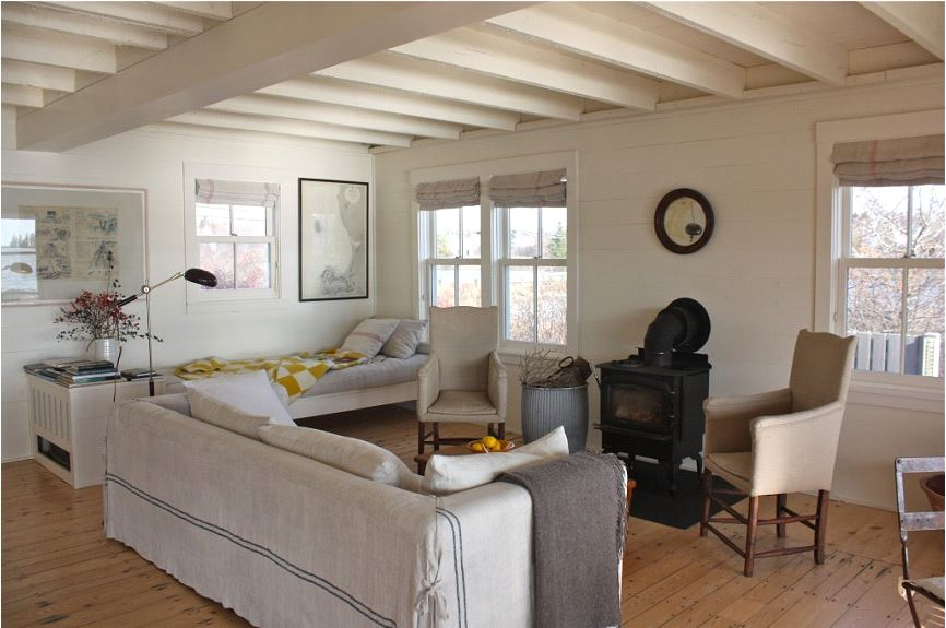 ideas for furnishing a vacation rental