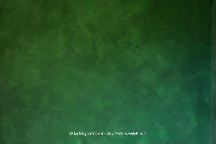 Peinture à la colle de peau teintée au pigment Vert MC : troisième passe.