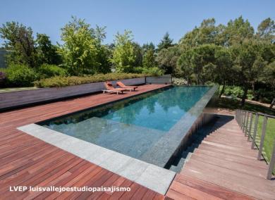 Negro Encina_Private swimming pool La Moraleja 3, Madrid(Spain). Luis Vallejo, landscape architec