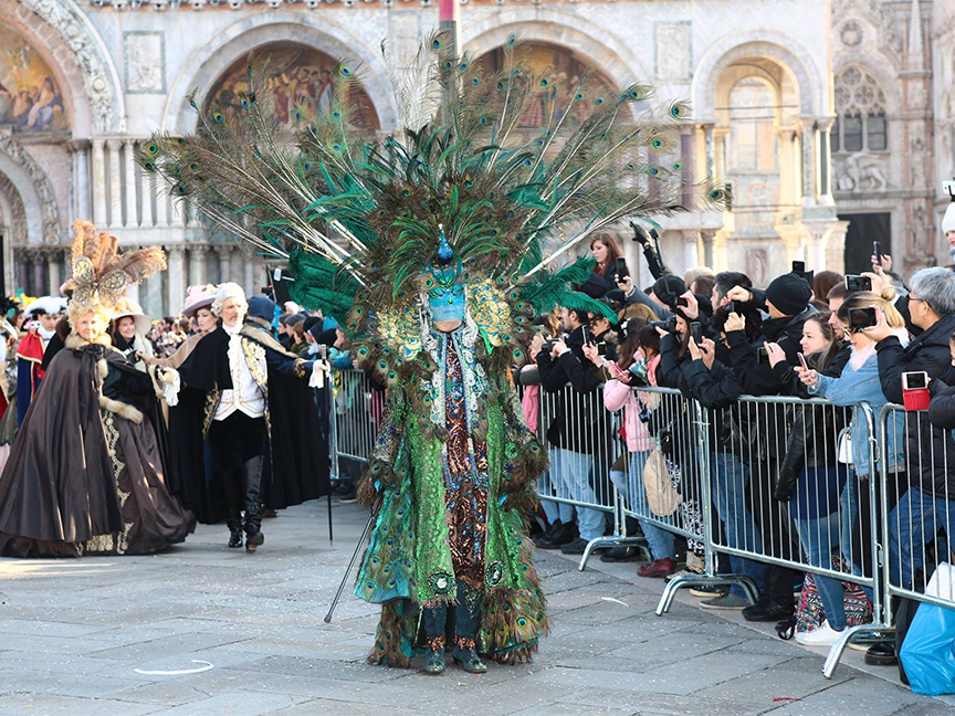 Carnevale: The famous Carnival of Venice, February 16 ...