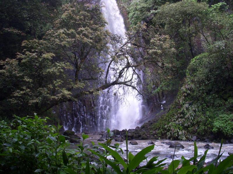 Cataratas Los Chorros  Villa San Ignacio  Hotel near San Jose and Alajuela  Costa Rica