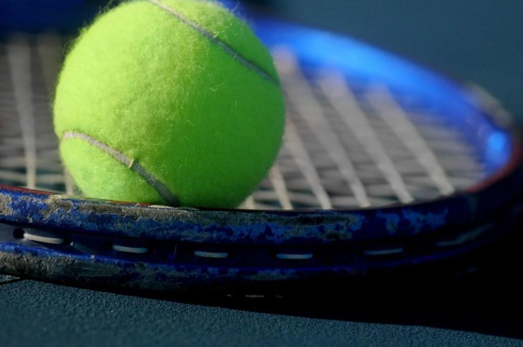 tennis court in kauai