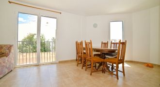 Amplio piso en alquiler en Campos