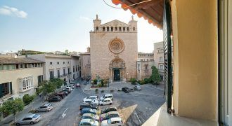 Premium penthouse for sale in the heart of Palma's Old Town