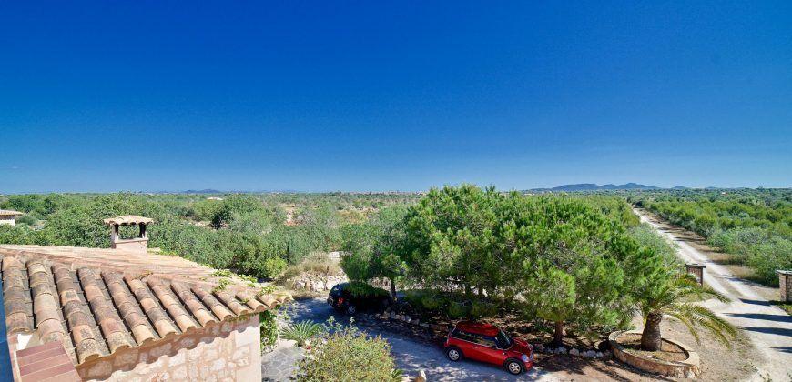 Casa de campo en venta con piscina en Es Llombards
