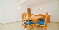 Amplio piso en venta en Campos en excelente estado de conservación y con una gran terraza.