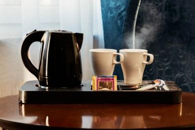 Pokój kobaltowy - Kawa