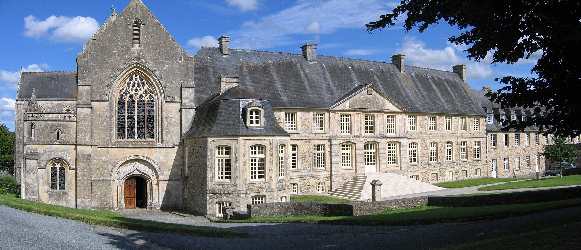 L 39 abbaye mairie de saint sauveur le vicomte - Piscine saint sauveur le vicomte ...