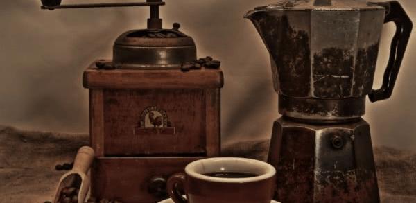 Caffe cup grinder