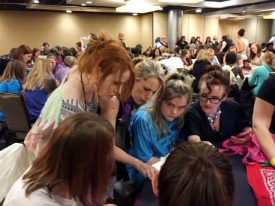 From Left: Richelle Mead and Kimberly Derting help teens figure out the answers to YA trivia questions.