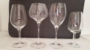 Verres à vin de différentes formes