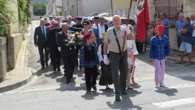 défilé 14 juillet Vinassan