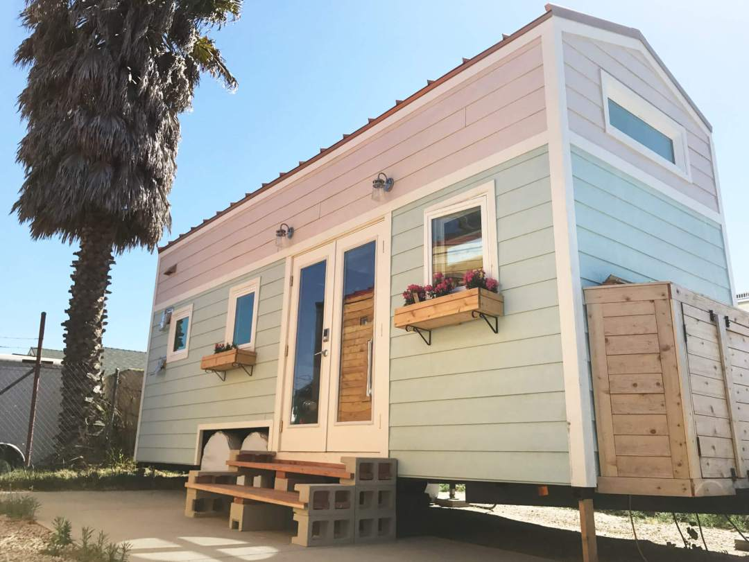 tiffs-tiny-house-exterior