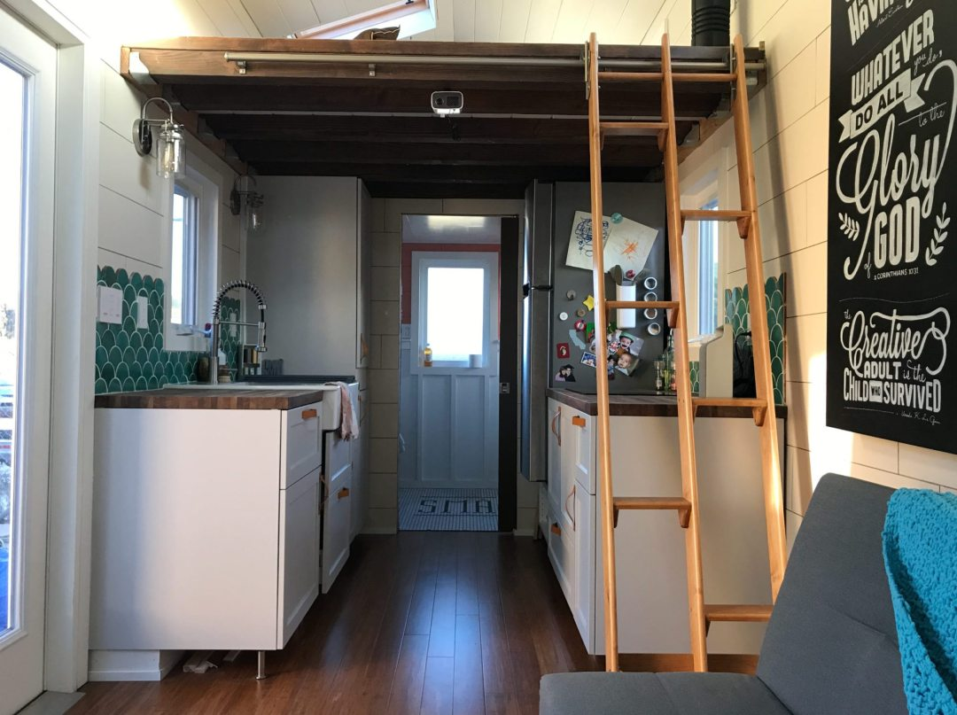 tiffs-tiny-house-interior