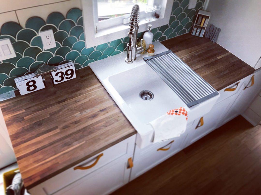 tiffs-tiny-house-kitchen