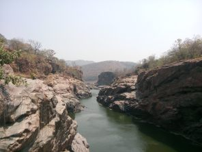 The rives flows to Tamil Nadu