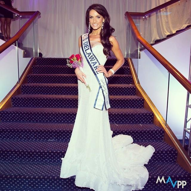 Miss Delaware 2014 in White