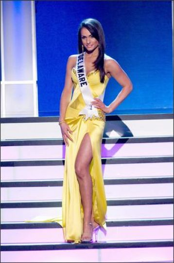 Miss Delaware USA 2008 Vincenza Carrieri Russo