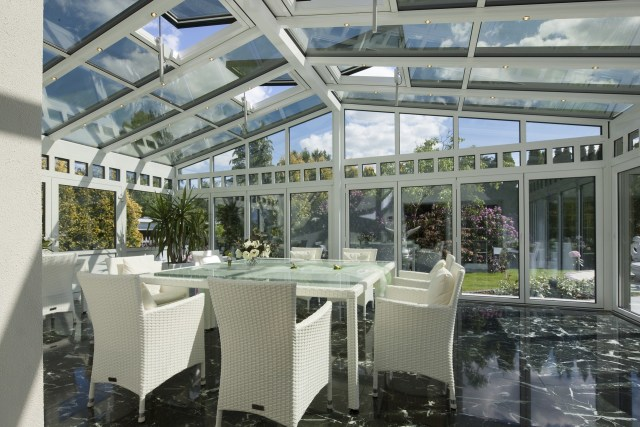 Aluminium Glass House