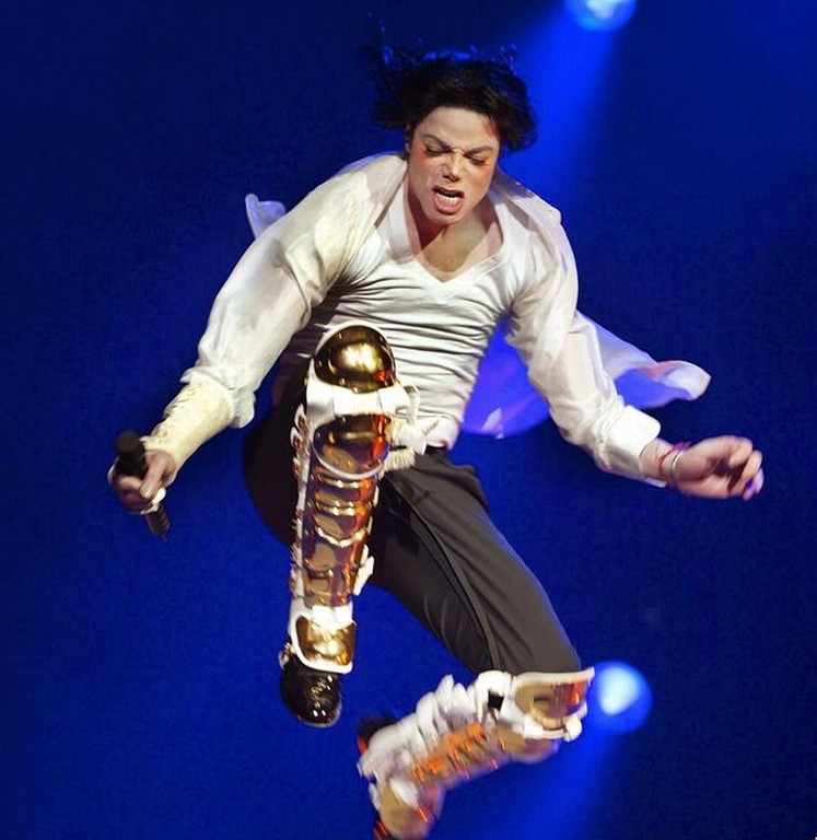 Michael-Jackson-Game-Will-Have-Players-Dance-and-Sing-Like-the-Pop-Star-2