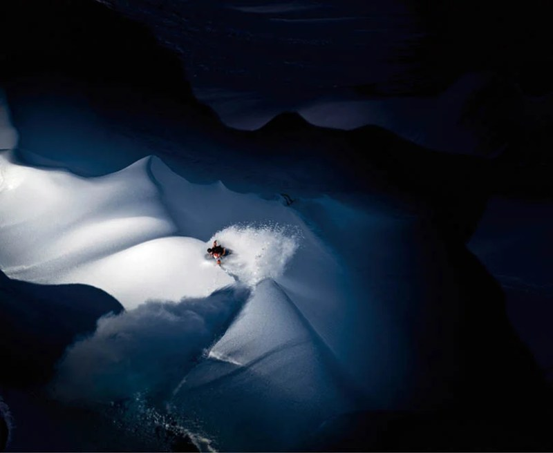 Exciting-extreme-footage-of-photo-contest-Red-Bull-Illume-vinegret (11)