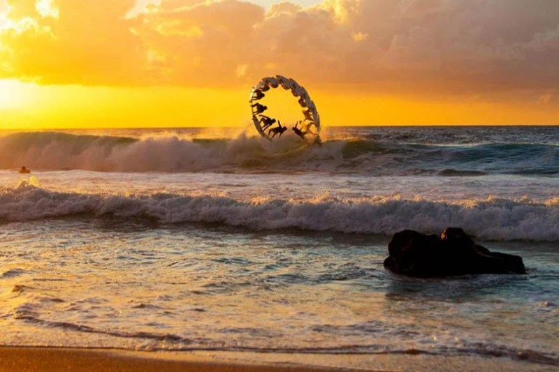 Exciting-extreme-footage-of-photo-contest-Red-Bull-Illume-vinegret (12)