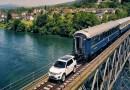 Видео: Land Rover смог протянуть по рельсам 120-тонный поезд.