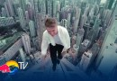 Видео: Захватывающие дух паркур-трюки от Олега Крикета.