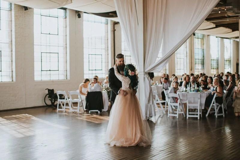 paralyzed-bride-walks-at-wedding-jaquie-goncher-vinegret (10)