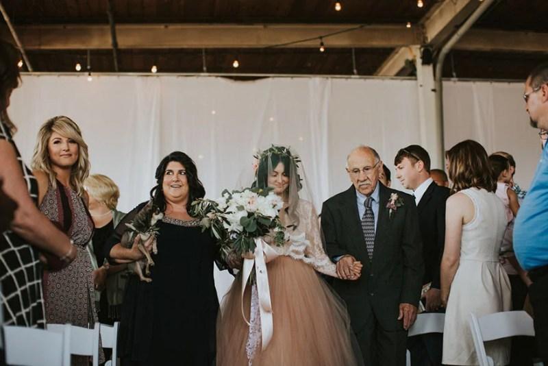 paralyzed-bride-walks-at-wedding-jaquie-goncher-vinegret (13)