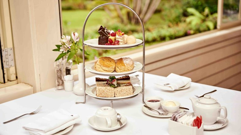 Quintessentially Delightful: Oh hail Afternoon Tea. Drink Tea and let it be