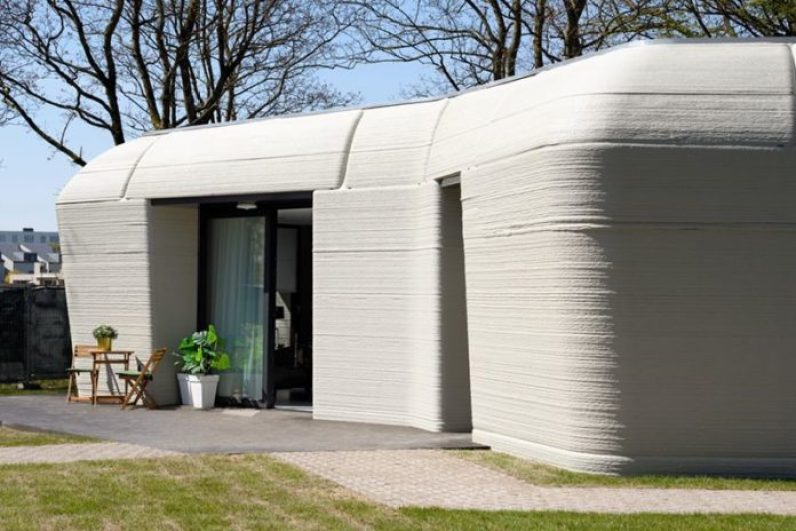 Dutch Couple Enter World's 1st 3D Home- Built In Just Five Days 1