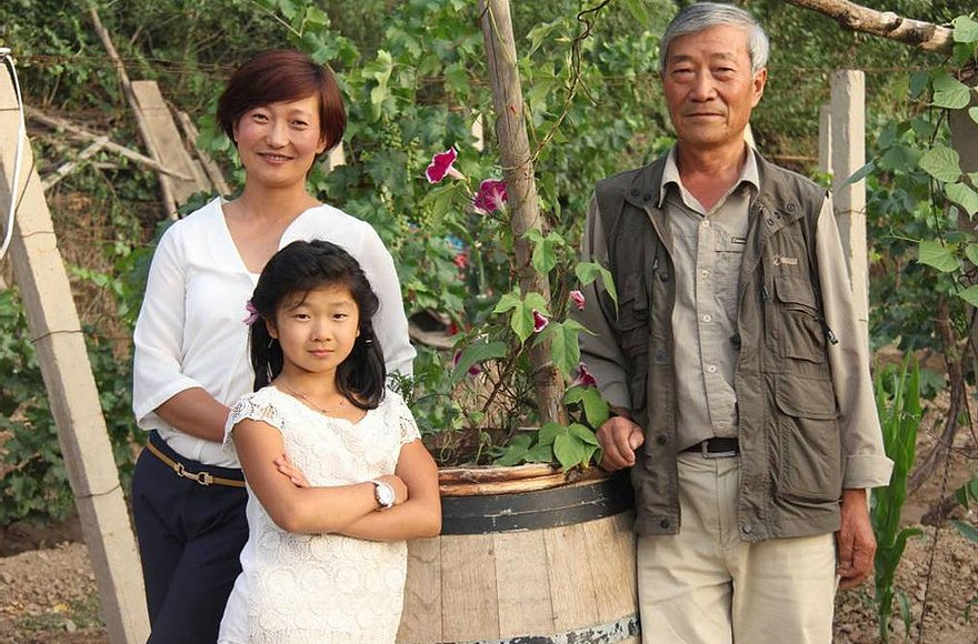 Three generations of winemaking family now at Silver Heights (pic: chngpohtiong.com)